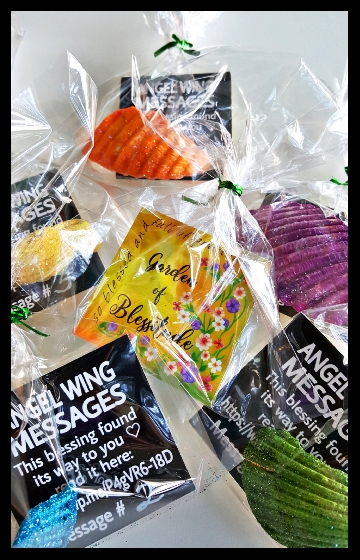 Angel-Wing-Messages-In-Bags